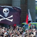 Pro_piracy_demonstration-e1443866613537